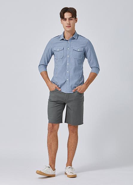 Regular Fit多彩牛仔短褲