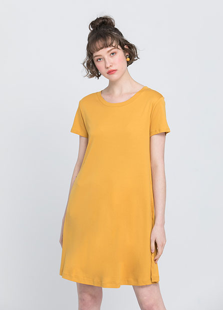 A-LINE素色洋裝