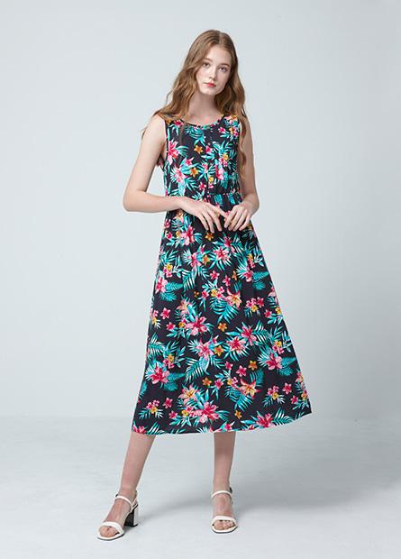 縫釦縮腰無袖洋裝