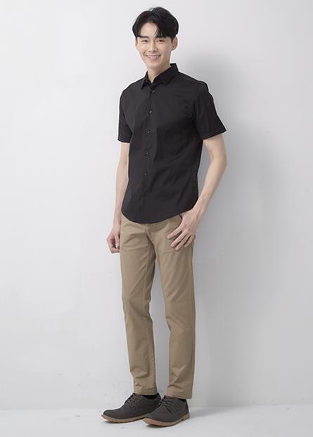Skinny Fit合身短袖襯衫