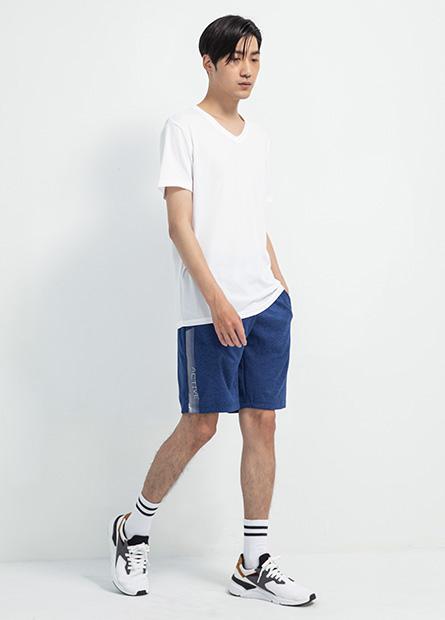 側配條印字運動短褲