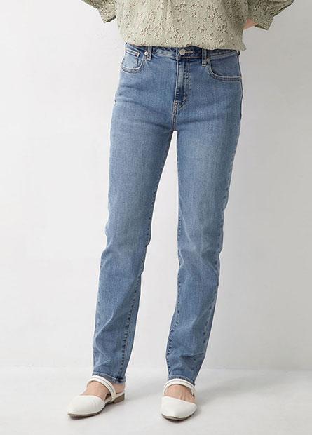 修身直筒牛仔褲