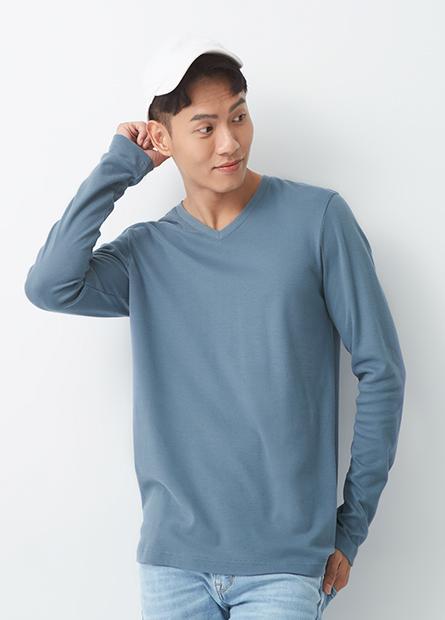 吸溼保暖V領素面長袖T恤