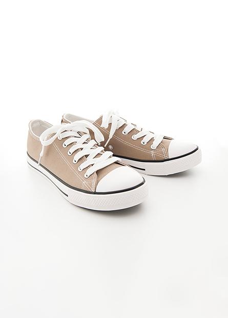 黑底線條休閒帆布鞋