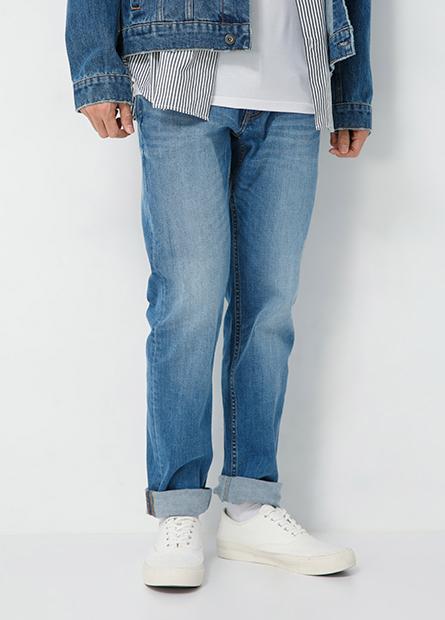 Slim Fit修身直筒牛仔褲