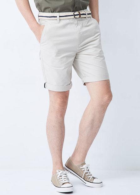 Regular Fit休閒短褲(附腰帶)