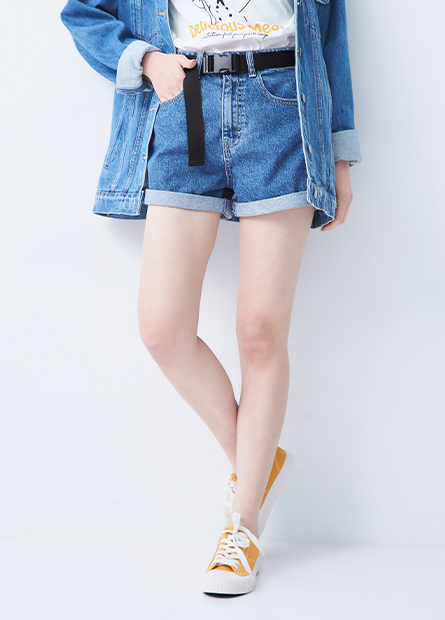 基本反摺牛仔短褲(附腰帶)