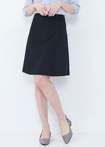 Regular Fit 及膝A字短裙