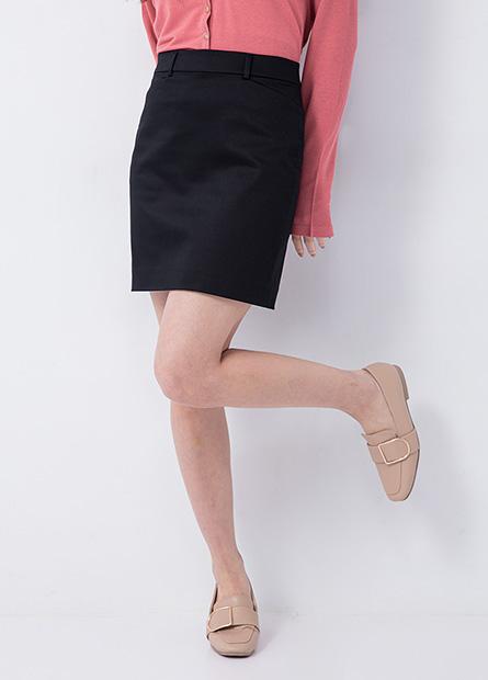 Regular Fit 微光澤商務短裙