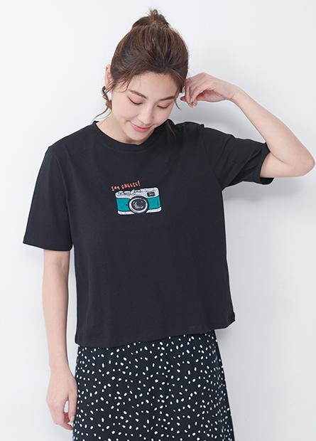 相機錄音帶印花短版T恤