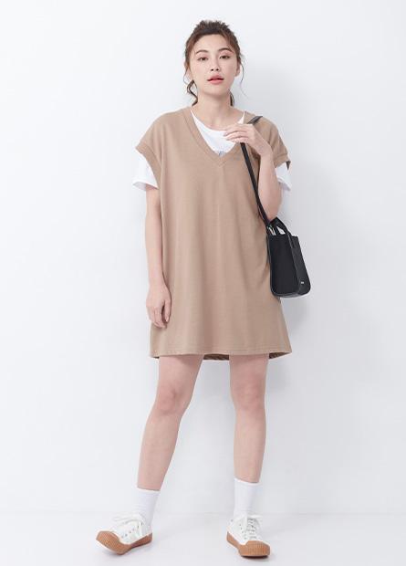 寬鬆V領背心洋裝