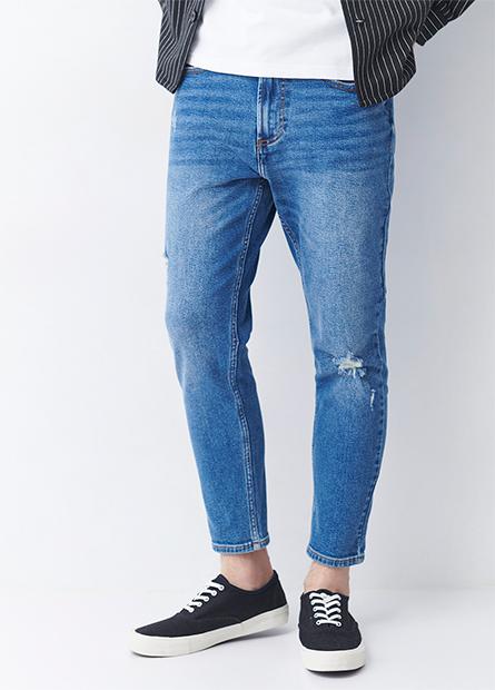 Slim Fit磨破九分牛仔褲