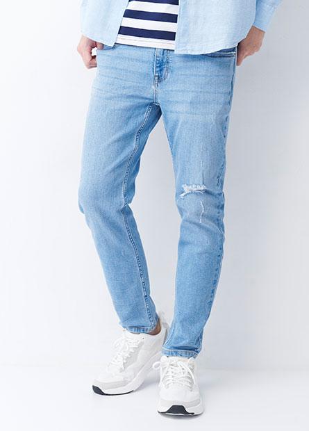 Skinny Fit磨破九分牛仔褲