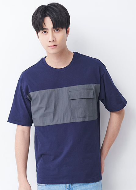 寬鬆異材質拼接口袋T恤