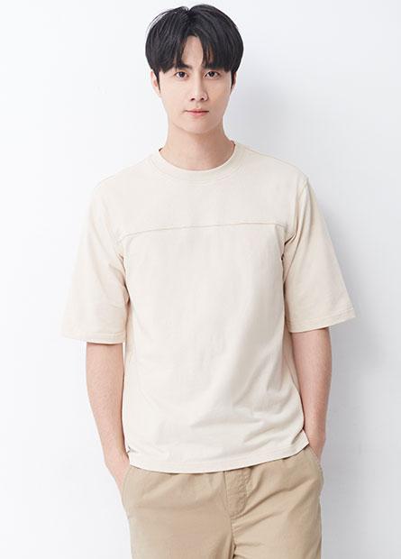 素色寬鬆五分袖T恤