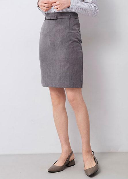 附腰帶及膝窄裙