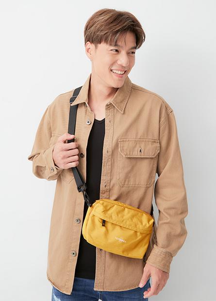 多功能收納肩背旅行袋(中性)