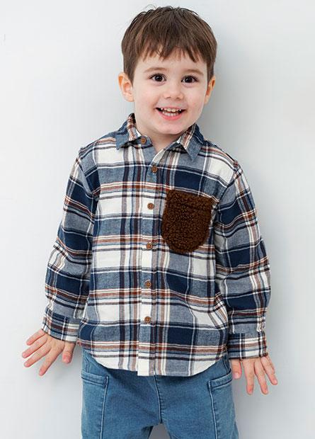男嬰羊羔毛口袋襯衫
