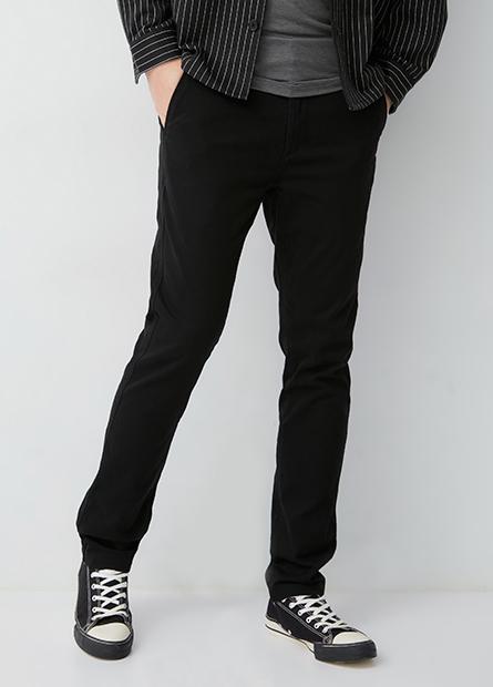 Skinny 合身窄管休閒褲