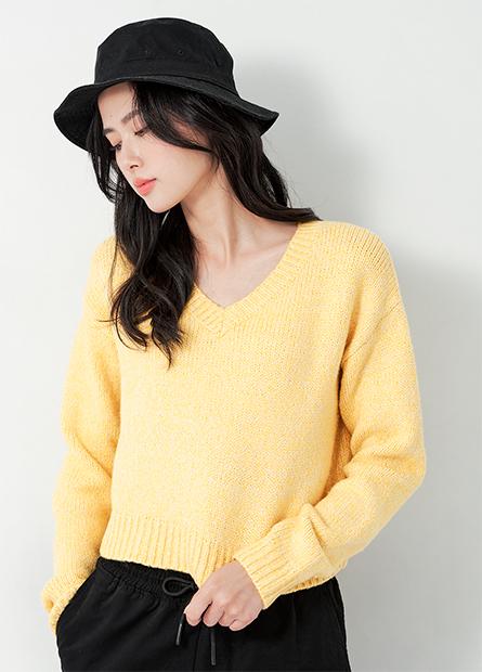 短版V領針織毛衣