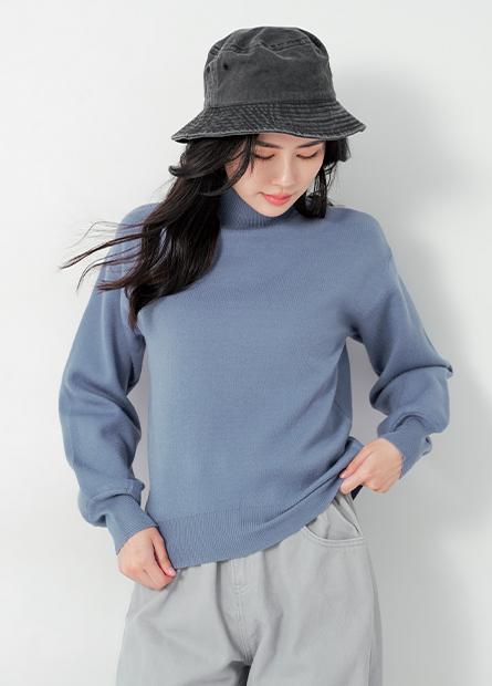 半高領落肩澎袖毛衣