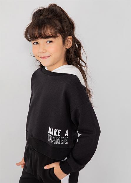 女童短版印字連帽上衣
